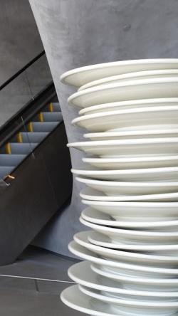 Broad plates